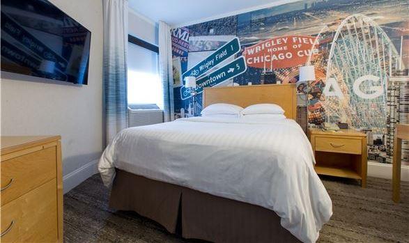 Hotel Versey guest room