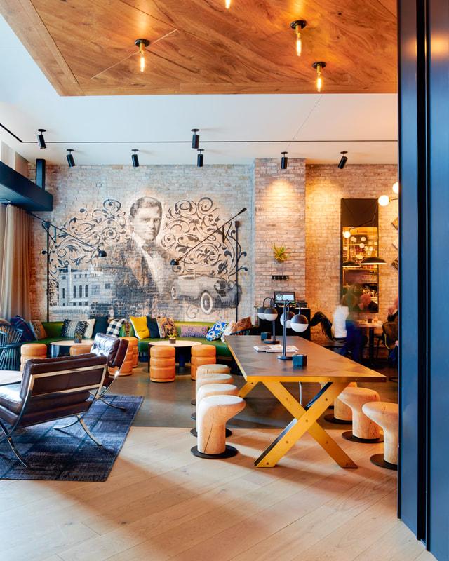 Hotel julian work lounge
