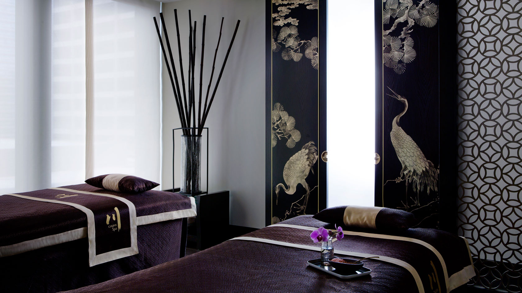 Chuan couples treatment room