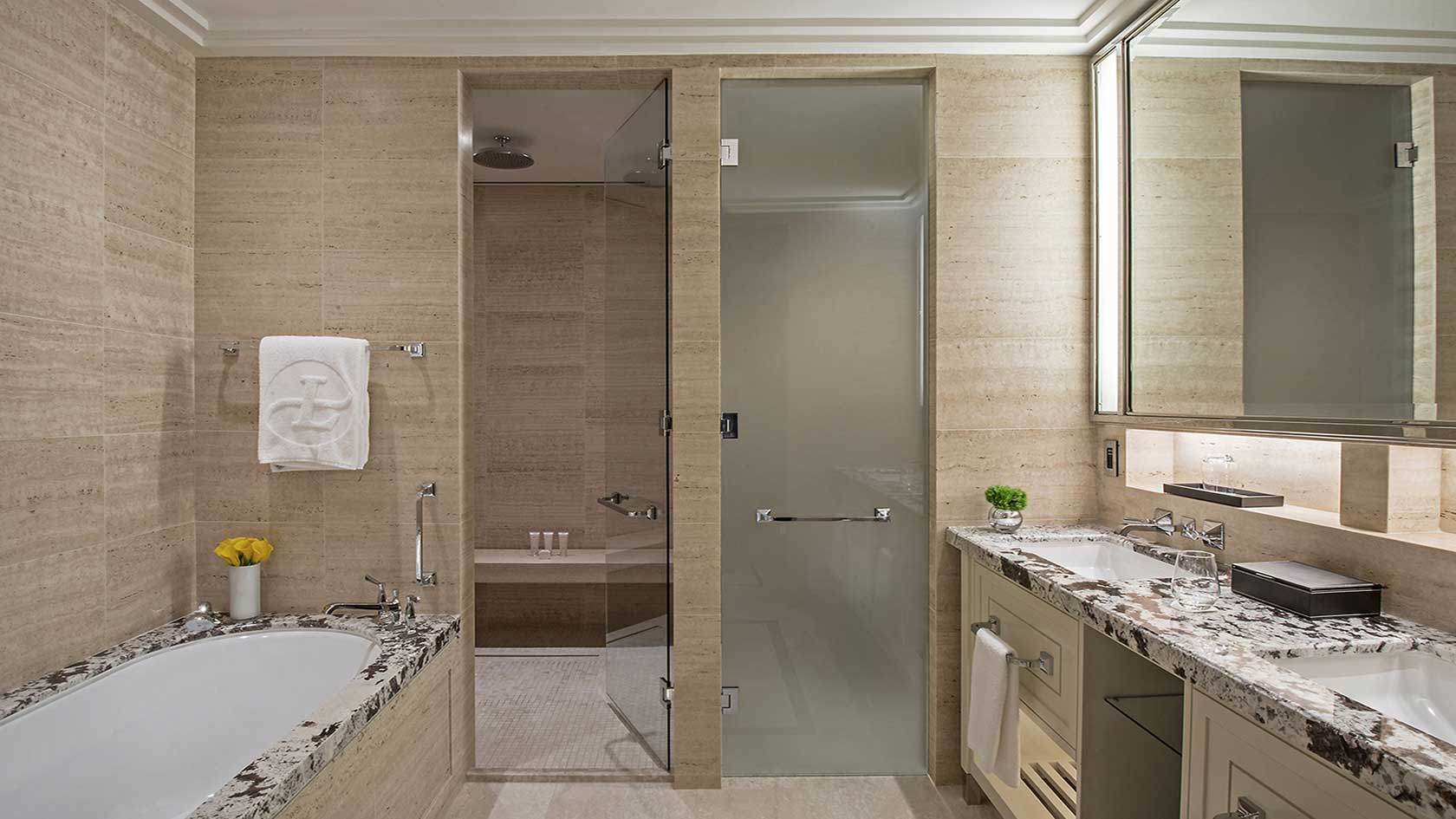 Langham grand room bathroom