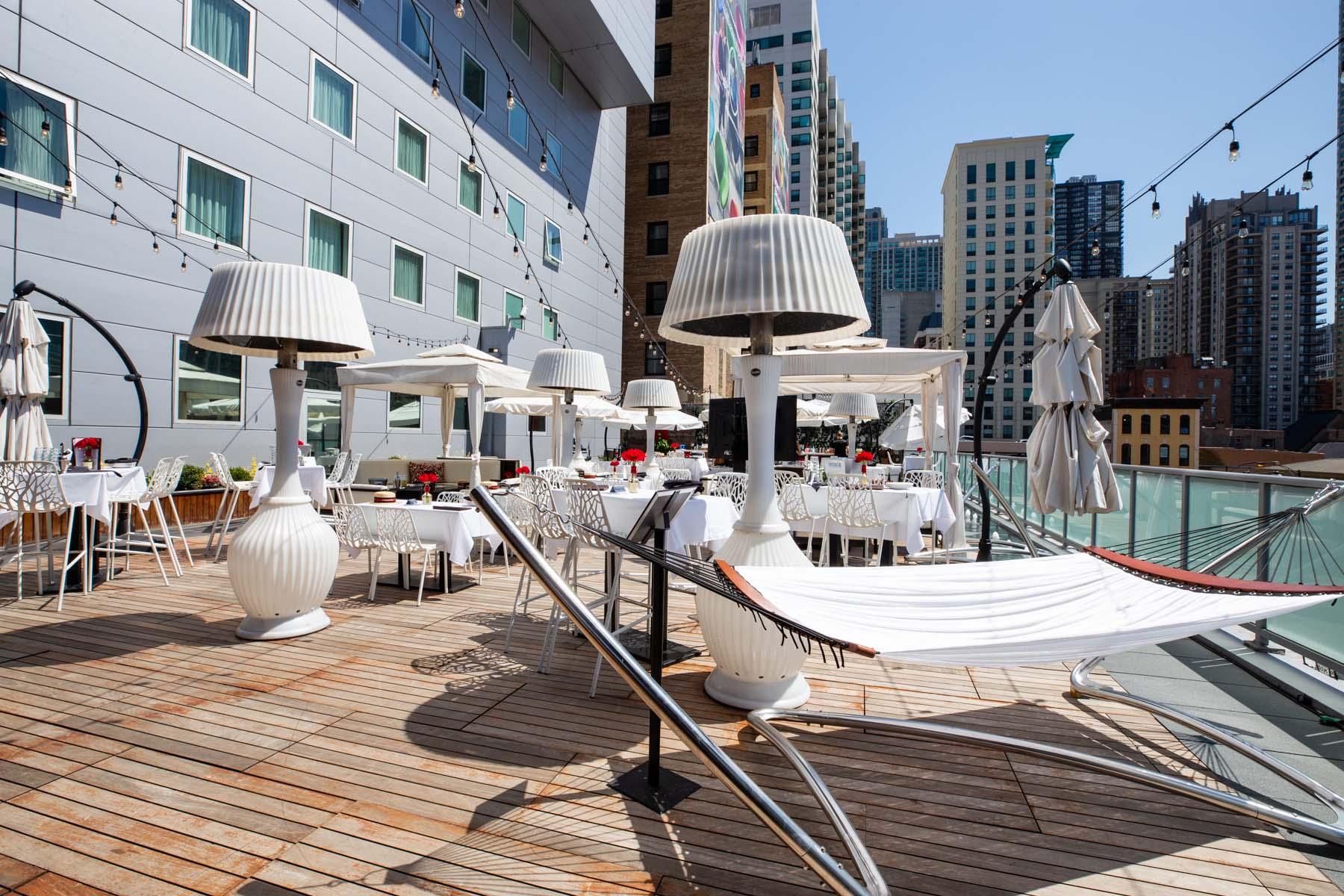 IO outdoor patio lounge