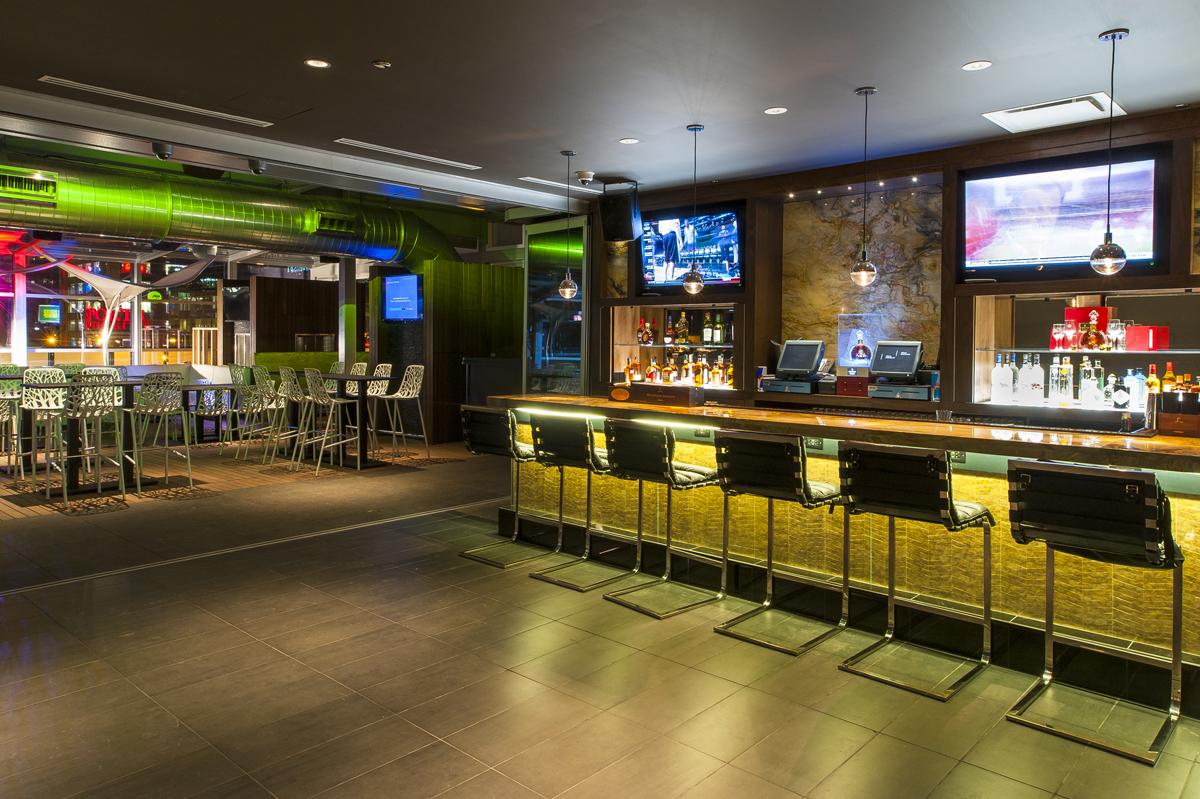 IO indoor bar