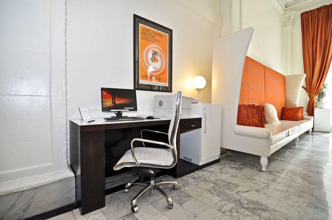 Hotel Vertigo business center