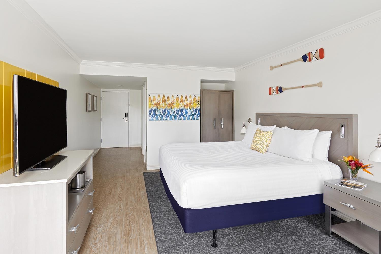 godfrey tampa guest room
