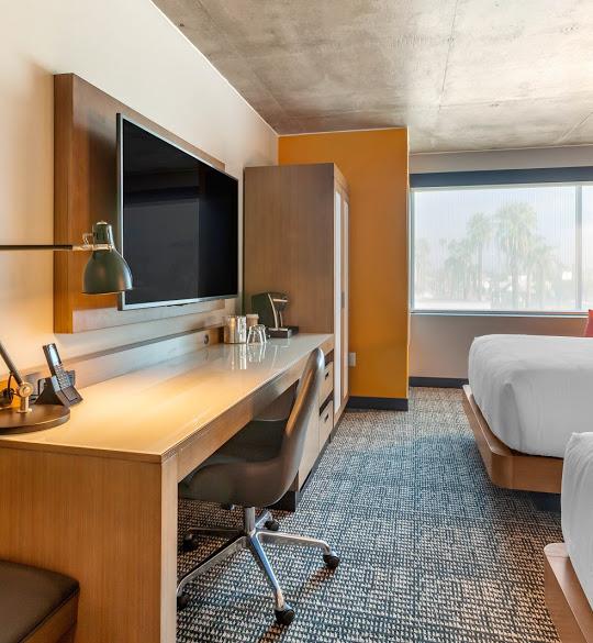 cambria guestroom